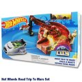 Mattel Hot Wheels Epic Adventure ROAD TRIP TO MARS(gold car)